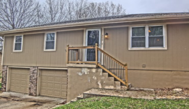 304 sw blarney ct featured image