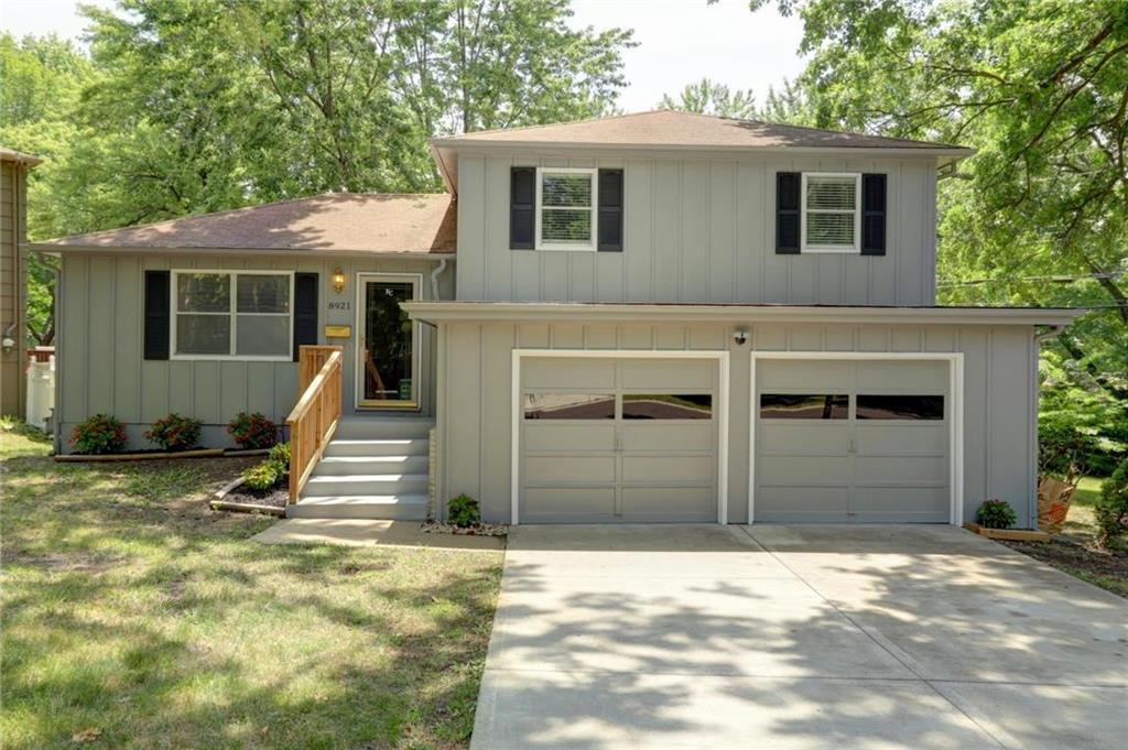 8921 w 98th house featured image