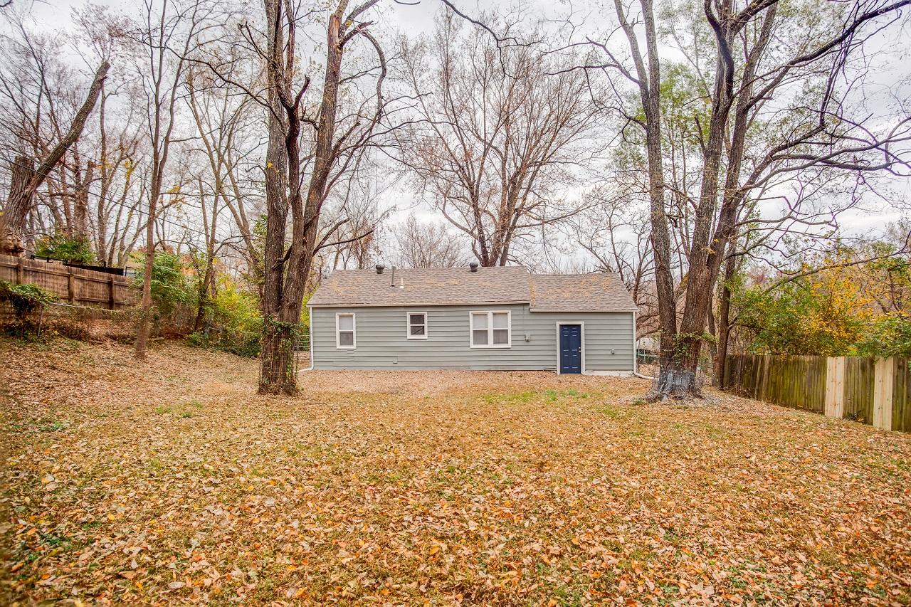 8607 e 32nd st house image 14