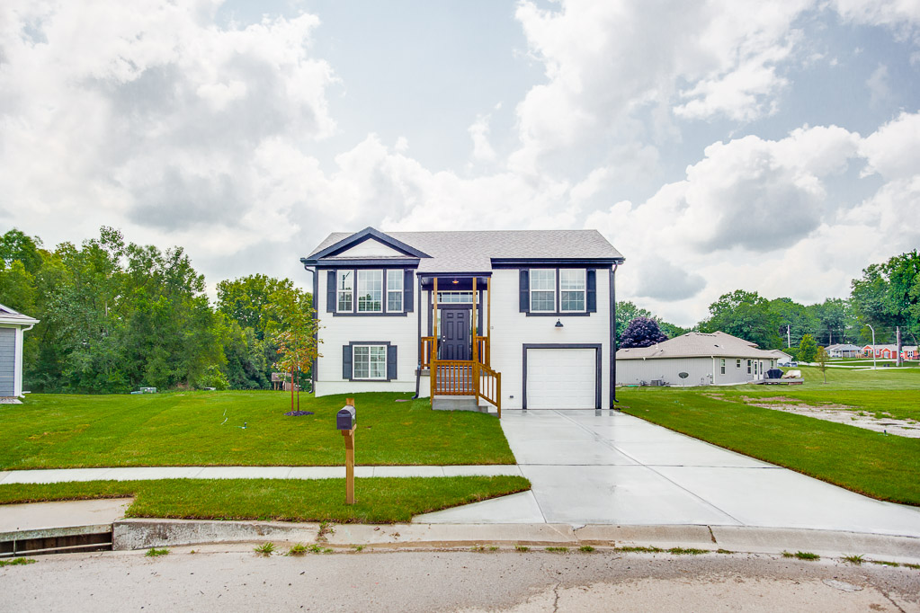 4713 136th pl house featured image